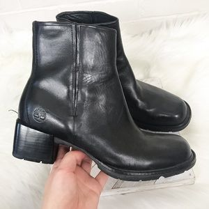 {Timberland} Vintage Square Toe Heeled Booties